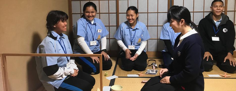 日本 アセアン <br>ティーンエイジ アンバサダー 4月13日(土)、北海道室蘭市 海星高校にて日本 タイ ティーンエイジアンバサダー映像報告会を実施。