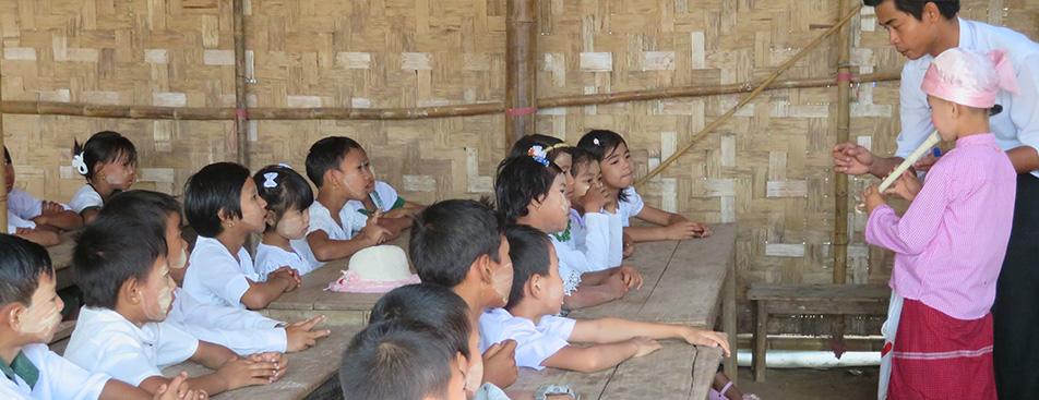 ミャンマー学校建設支援募金 5月26日(日)まで全国のイオングループのお店や事業所にて実施しています。<br /> 皆さまのあたたかいご支援・ご協力をお願いします。